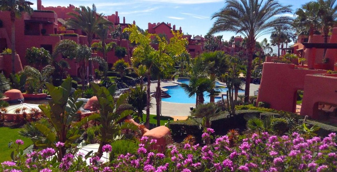 Apartment for Rent in Estepona