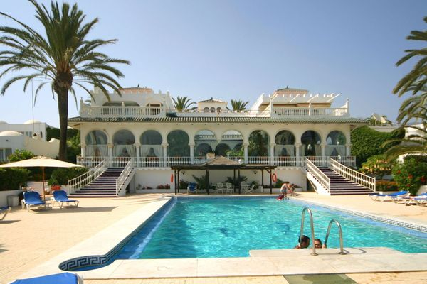 Golden Mile Marbella Townhouse Beach front
