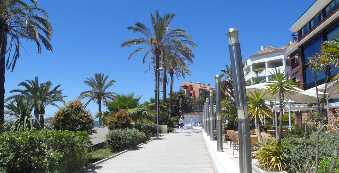 APARTMENT FOR SALE IN GUADALPIN BANUS MARBELLA